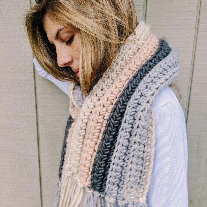 Beginner Crochet Scarf – Free Crochet Pattern