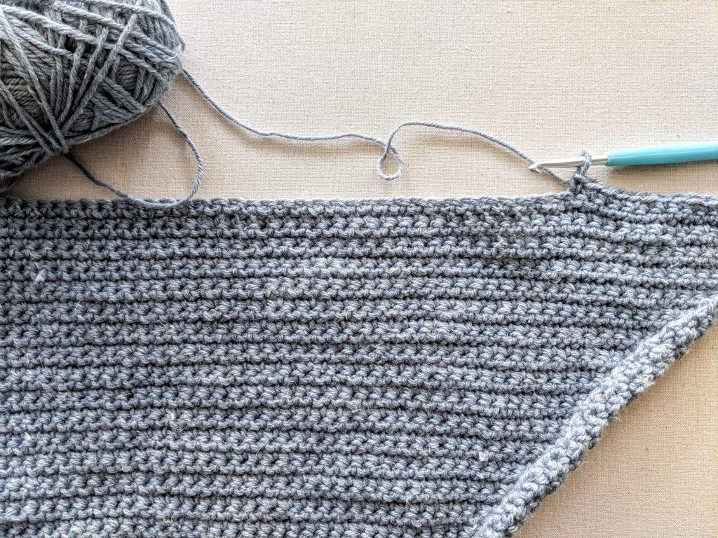 Basic Crochet Triangle Scarf