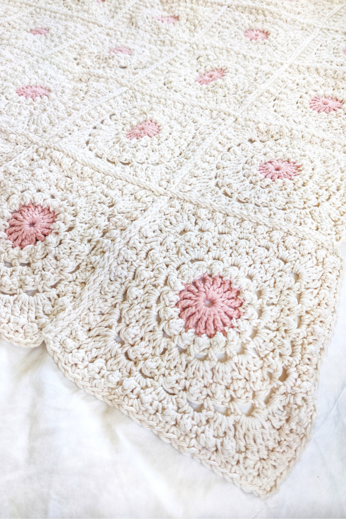 crochet granny square blanket, circle of friends free pattern