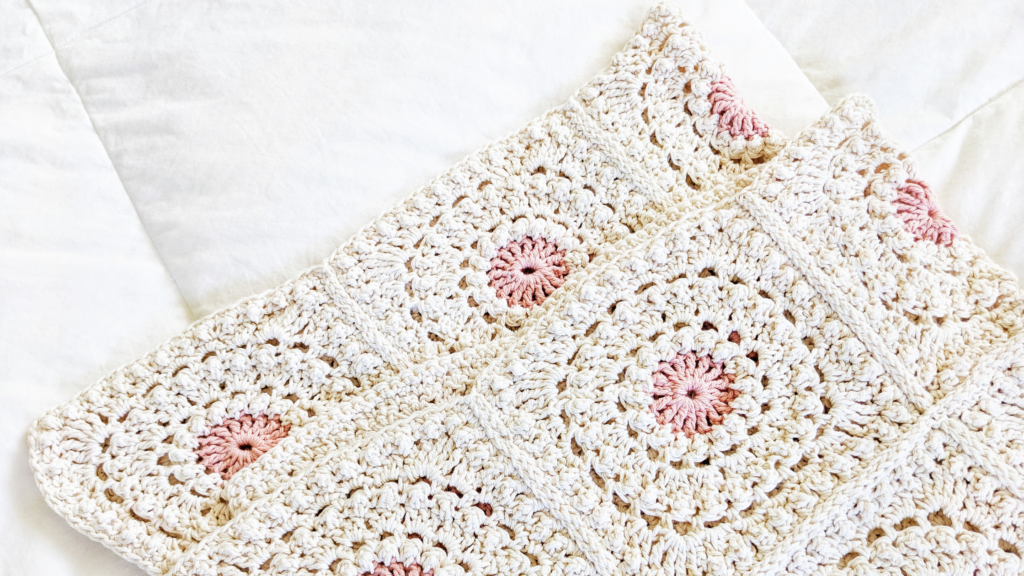 crochet granny square blanket + seaming it together