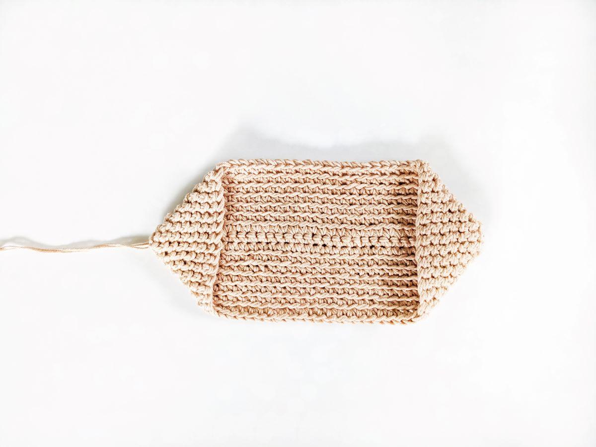 How to crochet a potholder part 3
