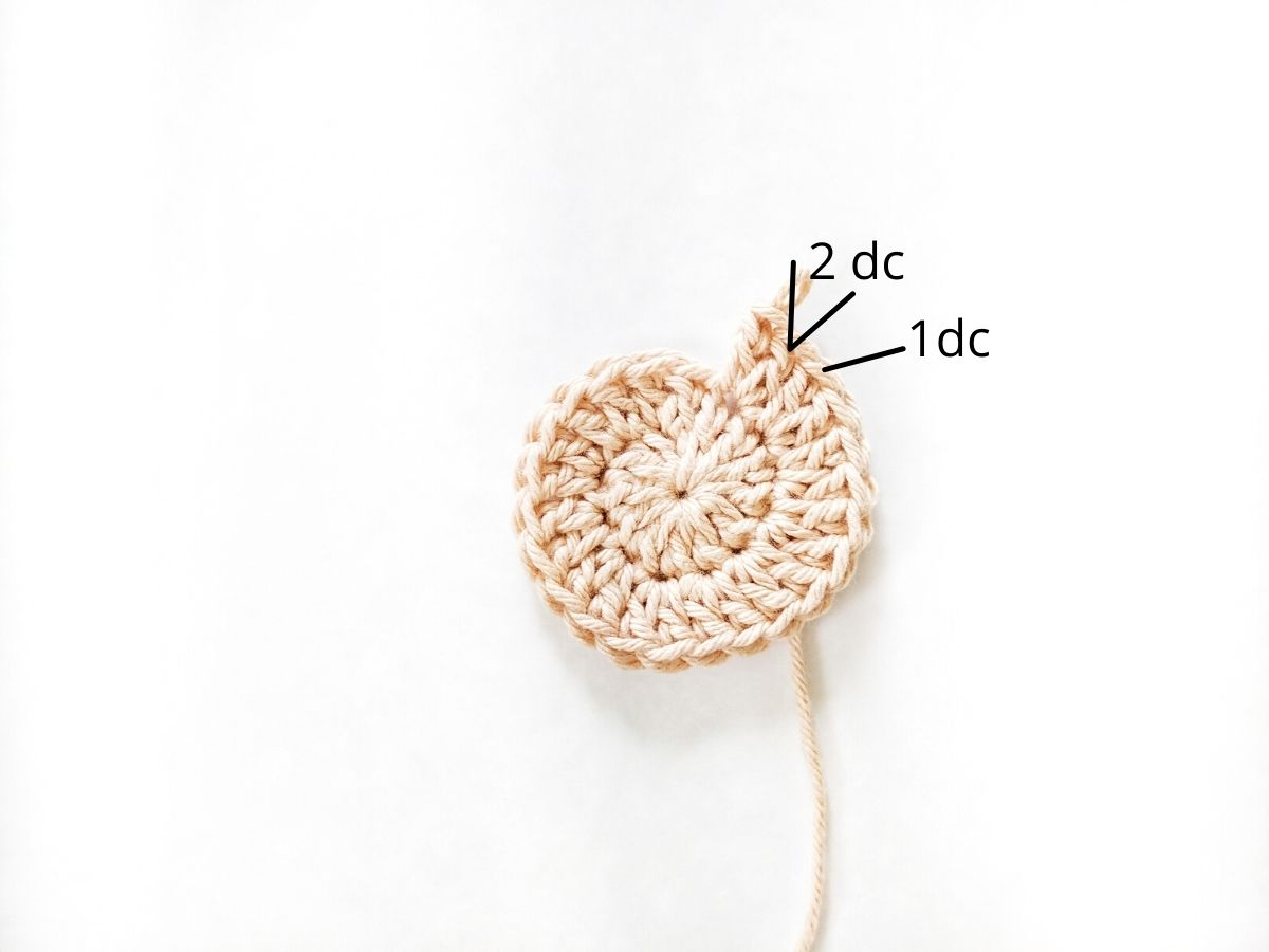 how to make a round crochet coaster part 2