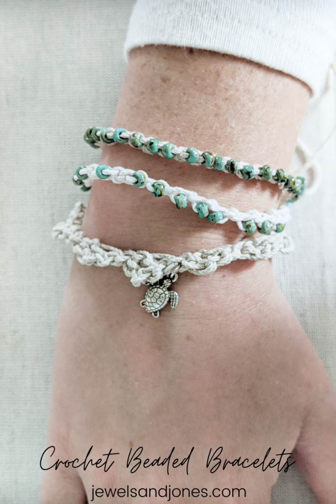 create your own crochet beaded bracelets with this free pattern