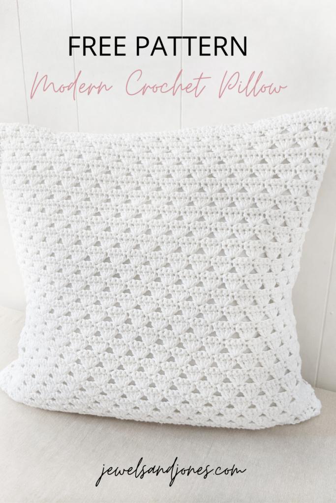 a free modern crochet pillow pattern