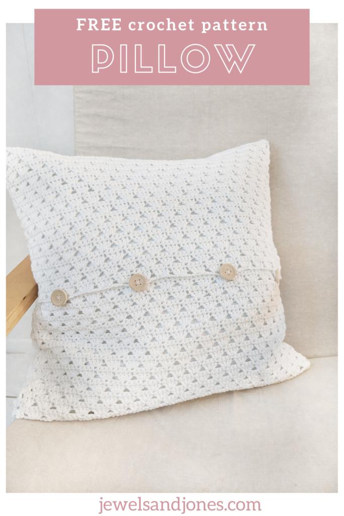 create a easy modern crochet pillow using this free crochet tutorial