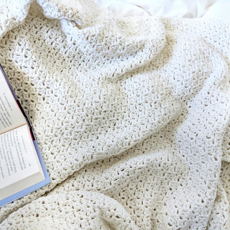Simple Crochet Blanket – Free Crochet Pattern