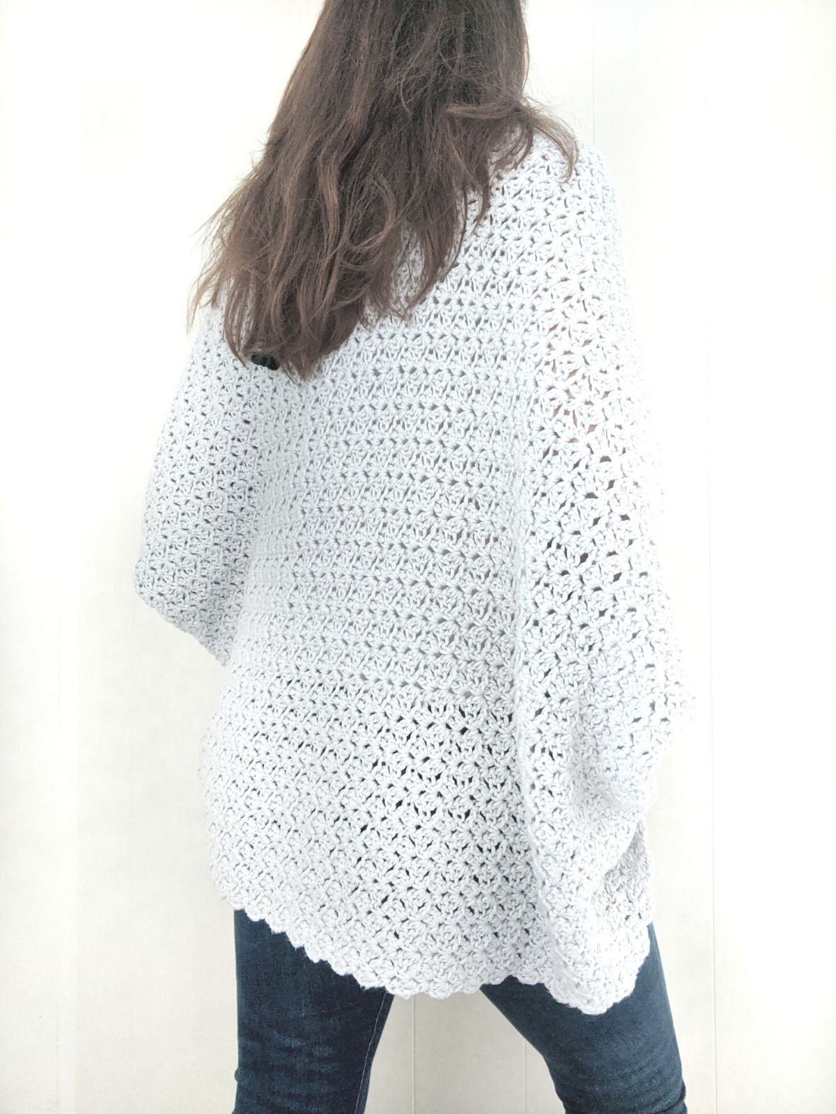 the back side a crochet shrug