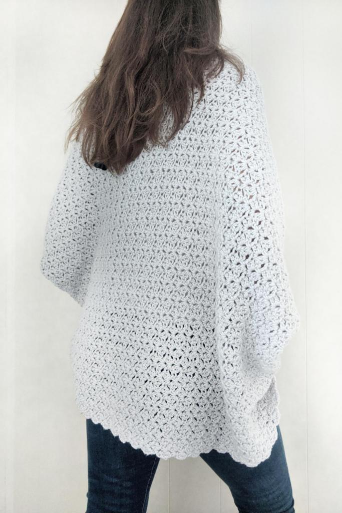 back side of the blanket shrug free crochet pattern
