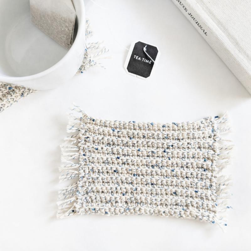 Crochet Mug Rug Coasters – Free Pattern and Video Tutorial
