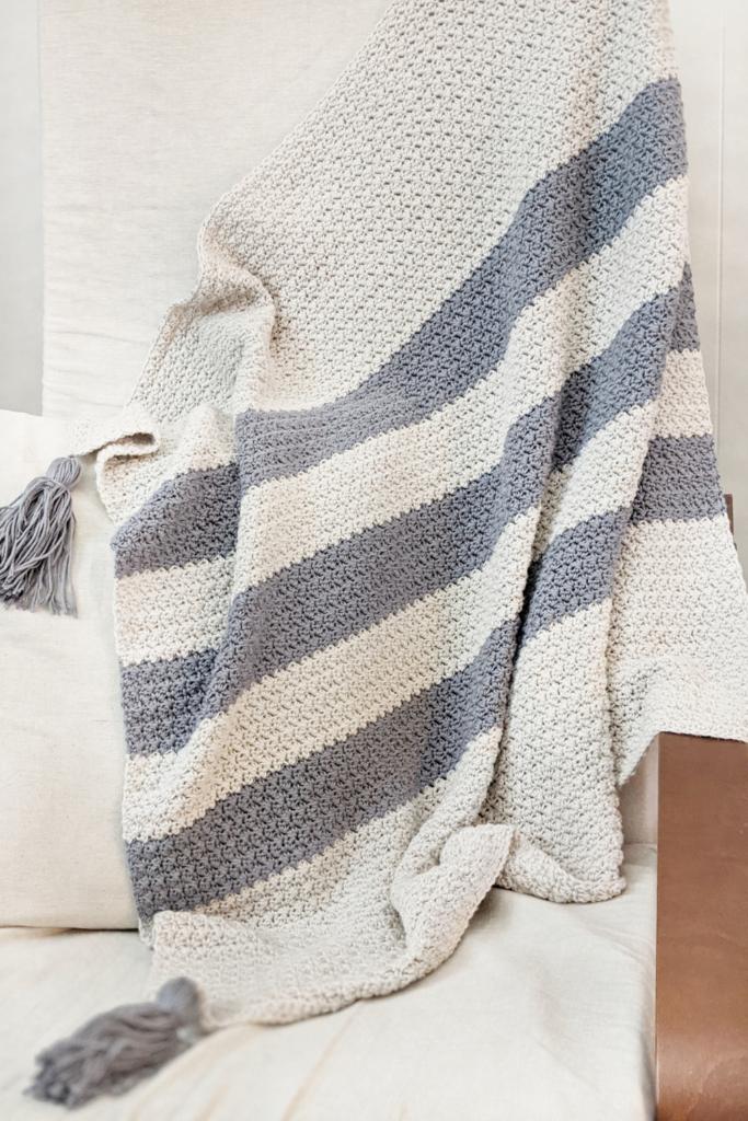 Eta Crochet Baby Blanket free crochet pattern