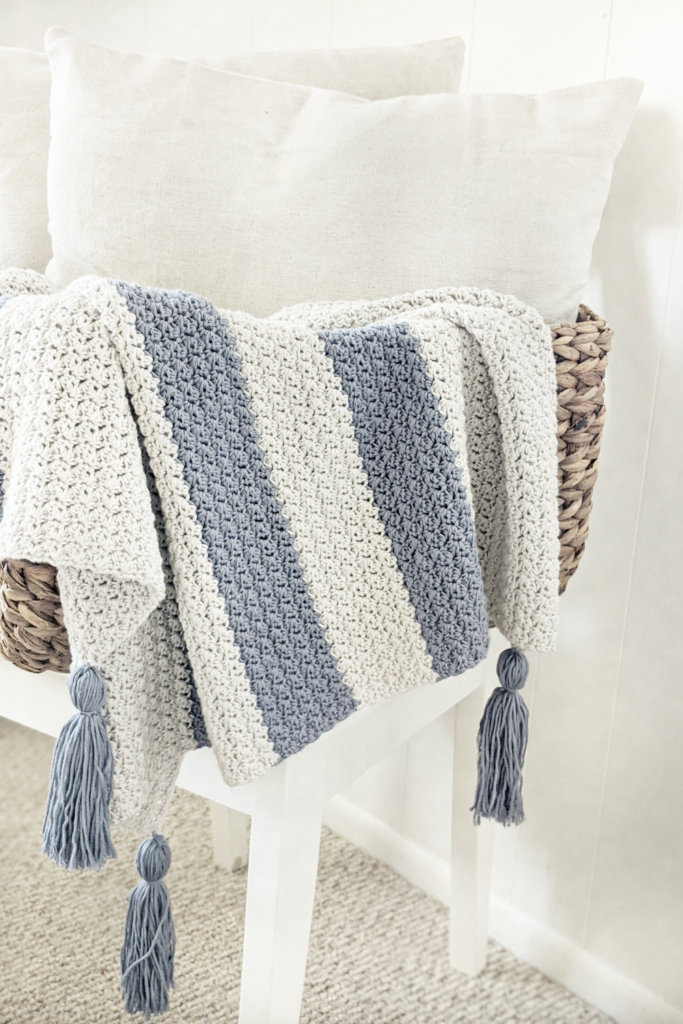 Eta Crochet Baby Blanket, easy beginner friendly crochet pattern