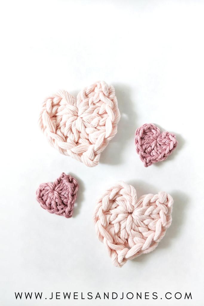 how to crochet mini hearts, free crochet pattern