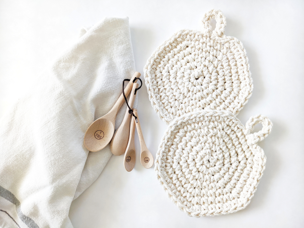 crochet spiral hot pads free pattern with a cotton dishcloth