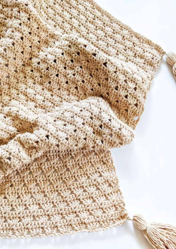 Crochet Shell Stitch Baby Blanket – Free Pattern