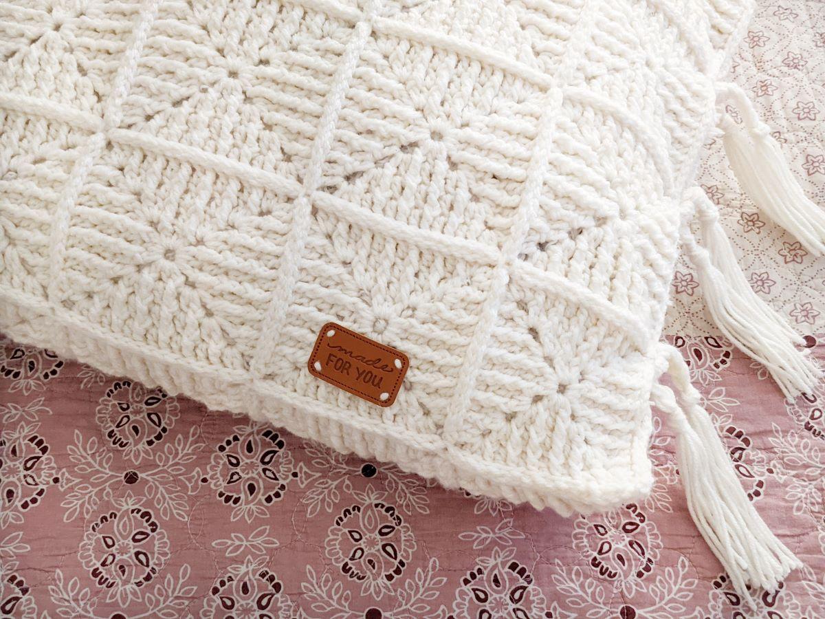 front post double crochet granny square